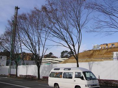 動物公園駅の工事現場