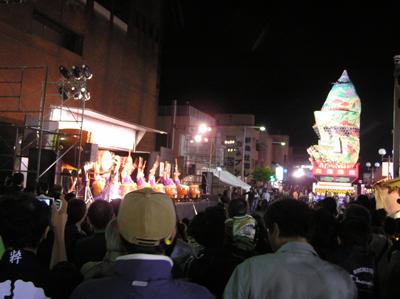 酒田まつり2009前夜祭の立て山鉾